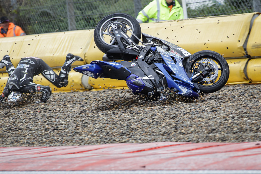 Crash-nogaro-fraga-supersport-ssp-fsbk-superbike