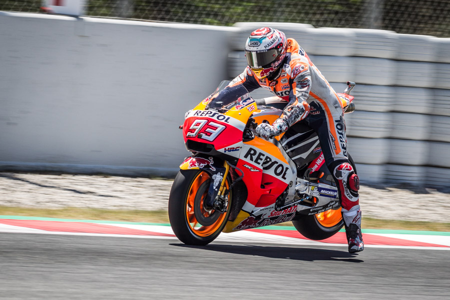 Mm93-marquez-hrc-honda-shoei-motogp-photographer