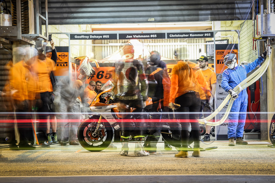 Refuel-night-motobox-kremer-ewc-boldor-paul-ricard