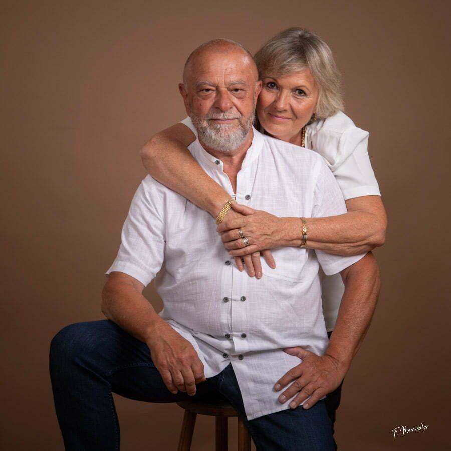 Seance-photo-couple-cadeau-studio-rodez