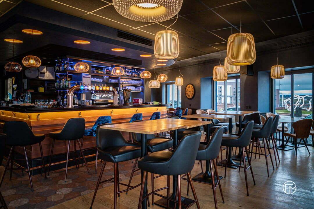 Photo-interieur-restaurant-aveyron-rodez-immobilier